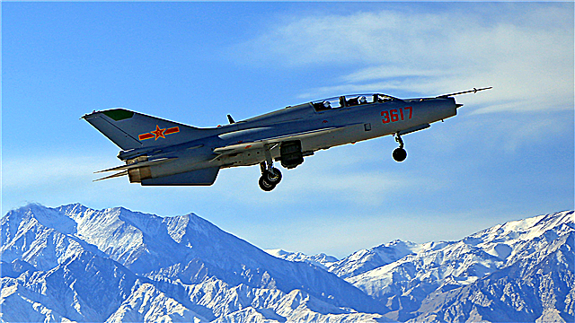 Flight training at the foot of Qilian Mountains