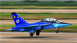 New training aircraft expected to help PLA Navy pilots polish carrier skills