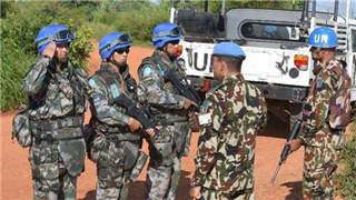 Chinese peacekeepers conduct emergency blockade and control action in Juba
