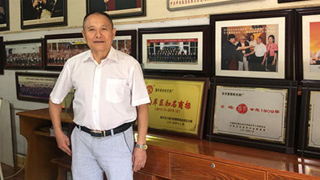 Man donates 6m yuan to army