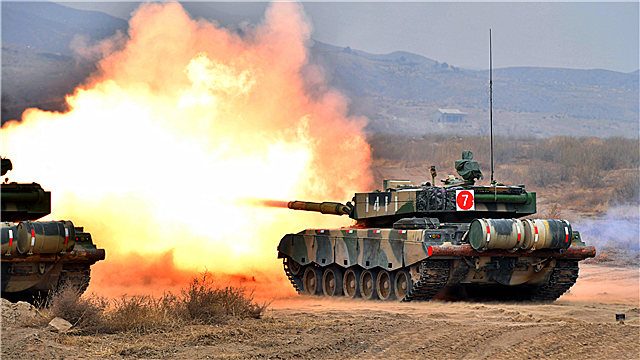 Type-96A MBT fires at mock target