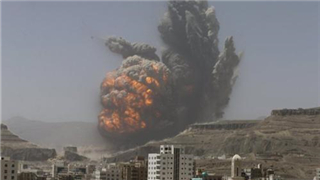 Saudi-led airstrikes destroy Houthis' operations room in Yemen, killing commanders