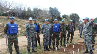 Chinese, Cambodian troops exchange mine-sweeping experience in Lebanon