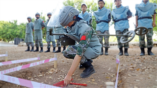 Chinese peacekeepers to Lebanon obtain UN mine clearance and EOD certifications