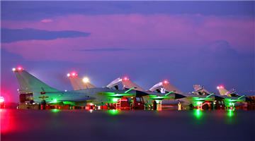 J-10 fighter jets fly in echelon formation