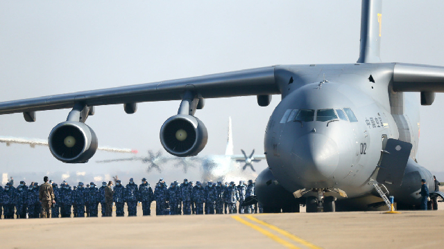 Newest group of army medics arrives in Wuhan