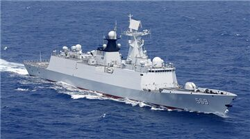 Frigates Yulin and Xuchang jointly execute realistic maritime operations