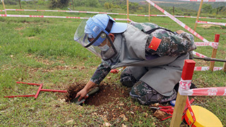 Chinese peacekeepers in Lebanon set a new record in mine clearance area