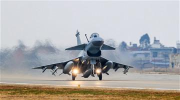 J-10 fighter jets start flight training after Spring Festival holiday