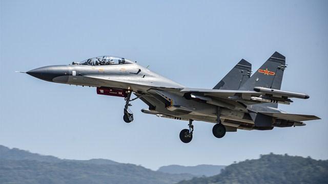 Fighter jets soar into sky during flight training