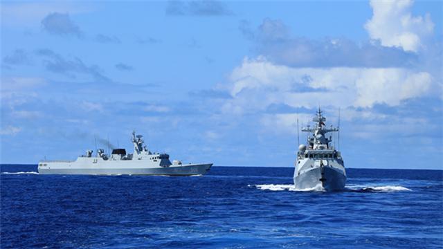Guided-missile frigates leave for far-sea training