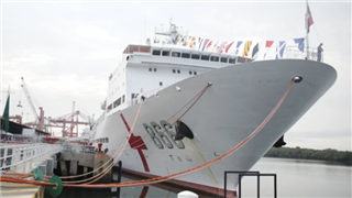 Patients benefit from free medical care on Chinese Naval Hospital Ship