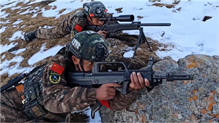 SWAT teams hold anti-terror drill in Qinghai, China