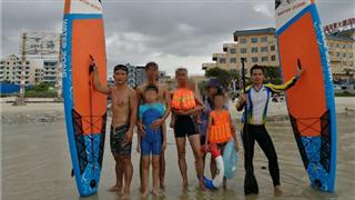 Veteran saves six drowning people at sea in Beihai, Guangxi