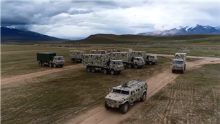 Troops in Xizang conduct training on setting up field mobile service station