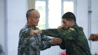 Foreign Officers' Stories in China (I): Zoir and his Chinese instructors